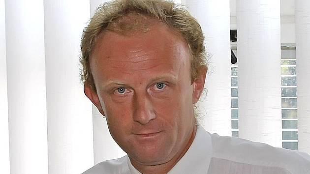 Bývalý ředitel havlíčkobrodské nemocnice Josef Pejchl u okresního soudu.