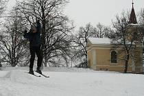 Na sjezdovku si lyžaři na Havlíčkobrodsku musí většinou nechat zajít Chuť a přijít zase až v zimních měsících.