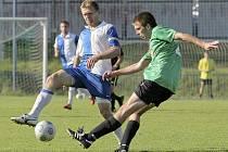 Sedm gólů nastřílel polenský trenér Tomáš Kaplan (vlevo) v dresu futsalového týmu Hesova v zápasech osmého a devátého kola divizní soutěže, a výraznou měrou se tak podílel na dvou vítězstvích proti  Stojicím a Hesporu Hradec Králové.