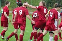 Radost měli z této sezony fotbalisté Havlíčkovy Borové, kteří spanilou jarní jízdou vyhráli I. B třídu.