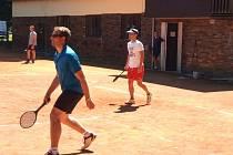 Liní tenisté Barták a Pospíchal ovládli turnaj v Okrouhlici.