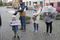 Proti Andreji Babišovi se protestovalo i v Přibyslavi.