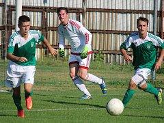 Udržet pozici lídra chtějí v pátek v utkání se Sapeli Polná fotbalisté ždíreckého Tatranu (na snímku).