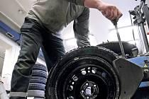 Zpět na letní pneumatiky.