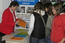 V havlíčkobrodském kulturním domě Ostrov probíhala přehlídka středních škol. Vzdělávací instituce představili širokou nabídku studijních a učebních oborů.
