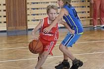 Mladí basketbalisté si turnaj užili.