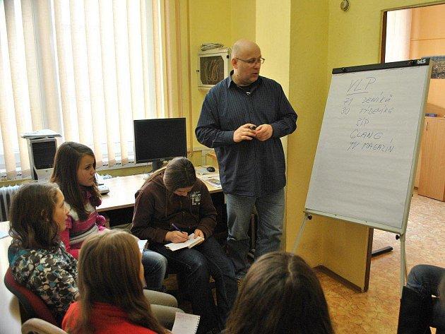 Do redakce Havlíčkobrodského deníku zavítaly žákyně ze základní školy v Lípě.