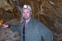 Montanista Jaroslav Havlíček je pod zemí jako doma. Zabývá se totiž historií dobývání a k tomu má ve Stříbrných Horách a kolem nich možnost vidět její zbytky na vlastní oči.