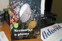 Nezmarky z Lučice napsaly už druhou knihu regionálních receptů.