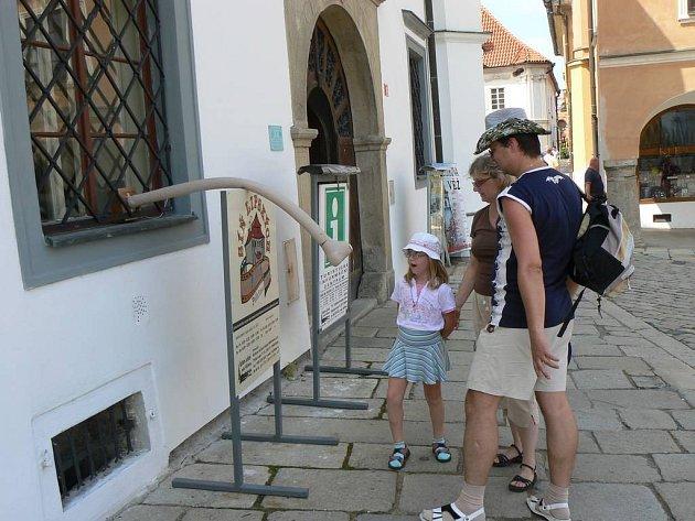 Ne jenom věstníky. Návštěvníci Pelhřimova si mohou naplánovat poznávací vycházku i prostřednictvím internetu.