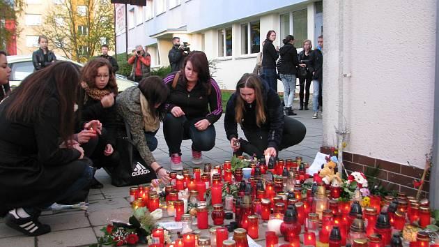 K tragédii ve žďárské obchodní škole došlo v roce 2014.