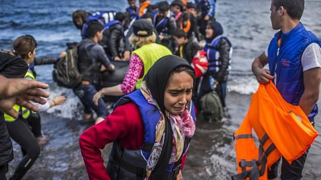 Uprchlíci přistávají u evropských břehů. Skončí v Česku?