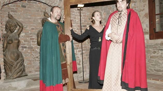 Překvapení návštěvníci se v sobotu na lipnickém hradě rázem ocitli ve středověku.