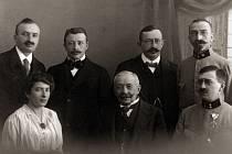 Josef Pachner s dětmi.