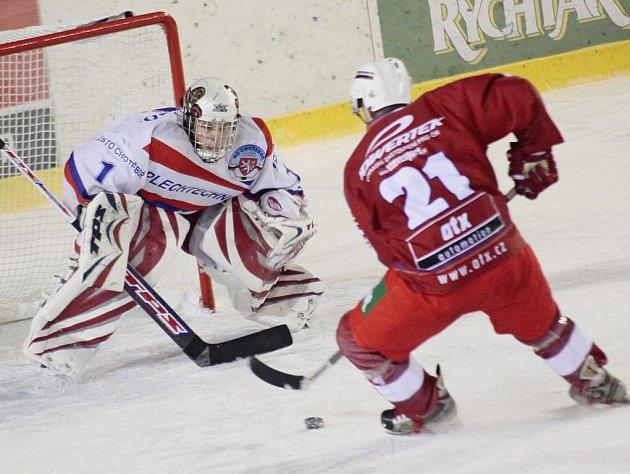 Hokejisté Chotěboře porazili v derby Žďár nad Sázavou a rázem se oba celky staly sousedy v tabulce.