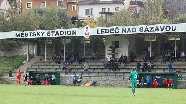 Městský stadion v Ledči prošel velkou změnou.