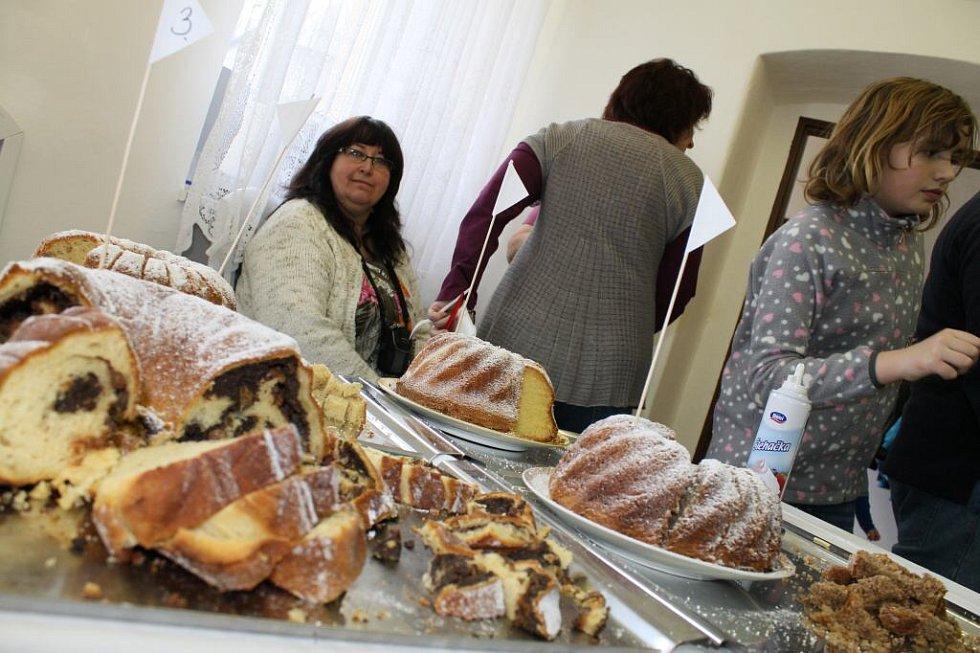Amatérští pekaři a cukráři měli opět dostaveníčko ve Svatém Kříži