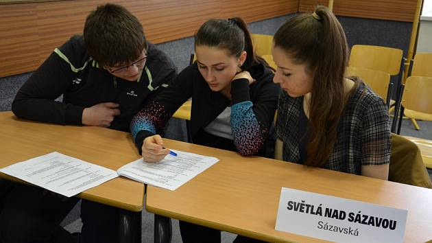 Trojice světelského gymnázia se zúčastnila krajského kola Dějepisné soutěže studentů gymnázií České a Slovenské republiky poprvé.