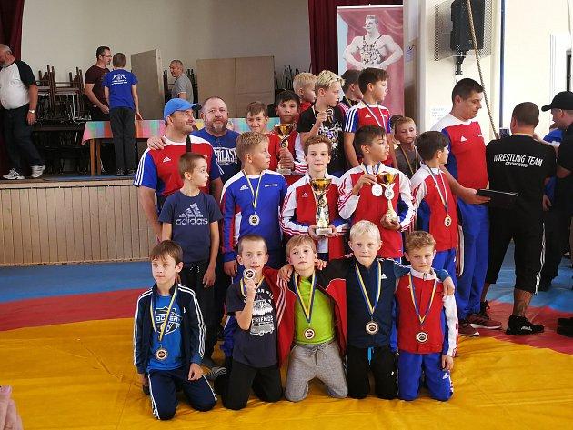 Mladí zápasníci zajížděli do Prostějova, kde ovládli tradiční turnaj - Memoriál Gustava Frištenského.