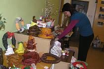 Šikovné ruce bezesporu mají klienti denního stacionáře Fokusu Vysočina  v Chotěboři. Dokázali to velkou velikonoční výstavou rukodělných výrobků v rámci Dne otevřených dveří Fokusu. Mnohé  kousky se mohly pochlubit vysokou  řemeslnou úrovní.