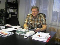 Má naše podnikání vůbec smysl? Podle předsedy COOP Havlíčkův Brod Vladimíra Stehna hrozí, díky legislativě, mnoha obcím, že přijdou o svoje prodejny.