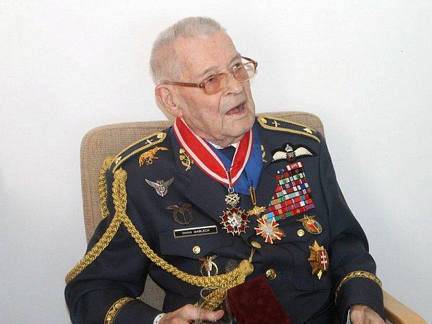 Teprve po roce 1989 se Imrich Gablech dočkal rehabilitace a hodnosti generála. Dnes žije v nemocnici v Havlíčkově Brodě.