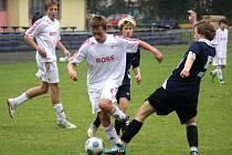 Úspěchu dosáhli mladší dorostenci brodského Slovanu, kteří se stali vítězi poháru krajského fotbalového svazu Vysočina. Ve finále porazili domácí Vrchovinu 2:0 a podle trenéra Bárty se jim nedařila kombinační hra.