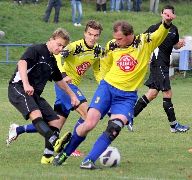 Šťastný střelec byl v zápase s Chotěboří Oldřich Machala (vlevo), který pro Světlou vystřelil nečekané tři body.