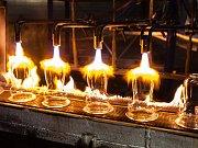 Světelské sklárny Crystalite Bohemia za den zpracují až 150 tun skloviny. Mají pět tavicích agregátů, z nichž největší nový má kapacitu 45 tun. Nápojové sklo ve sklárnách vyrábějí tři linky, roční produkce činí 55 milionů kusů.