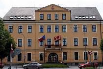 Městský úřad v Ledči nad Sázavou.