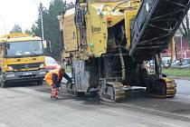 Na Lidickou vjedou stavební stroje. Ilustrační foto.