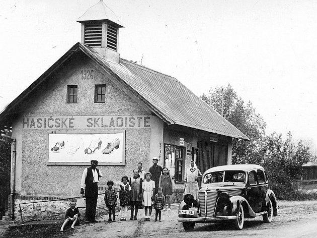 Víska (německy Wiska) je obec v okrese Havlíčkův Brod v Kraji Vysočina. Žije zde 185 obyvatel.