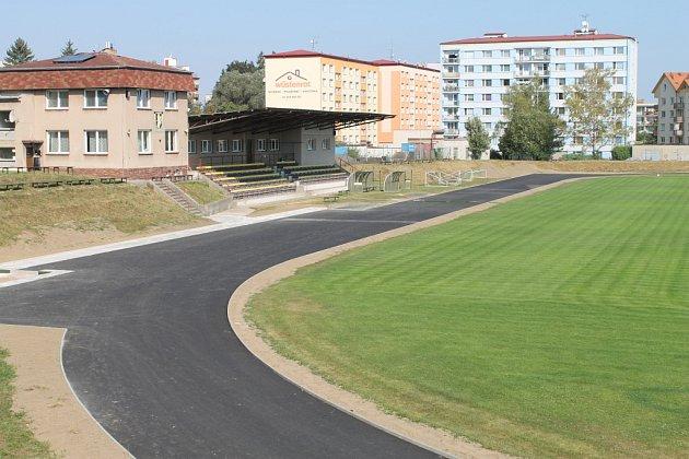 Atletický ovál v Chotěboři.