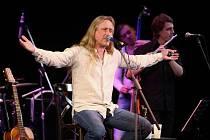 Populární zpěvák Kamil Střihavka potěší své fanoušky i na nadcházejícím rockovém plese v Chotěboři.