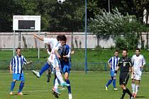 V prvním poločase ligoví dorostenci Slovanu dominovali proti Třinci. Díky trefám Plevy a Vendla se ujali svěřenci Jána Bdžocha vedení 2:0. Zaslouženou výhru pečetil tři minuty před koncem střídající Rosecký.