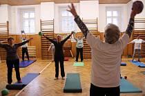 Cvičení pro seniory.