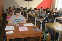 Matika je věda, naučit se nedá, podle pedagoga Františka Ročka mobilní technologie odnaučily děti myslet.