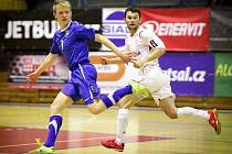 Seniorská reprezentace je cílem do budoucna futsalového talentu Michala Mareše (vlevo), který se může pyšnit dvěma mistrovskými tituly. Nyní se vrací opět do Tanga Brno.
