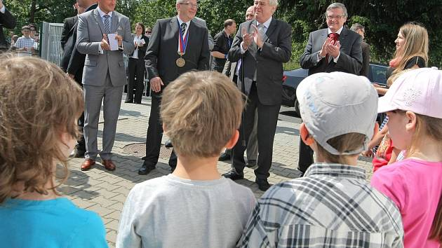 Momentky z návštěvy prezidenta republiky Miloše Zemana v Lípě.