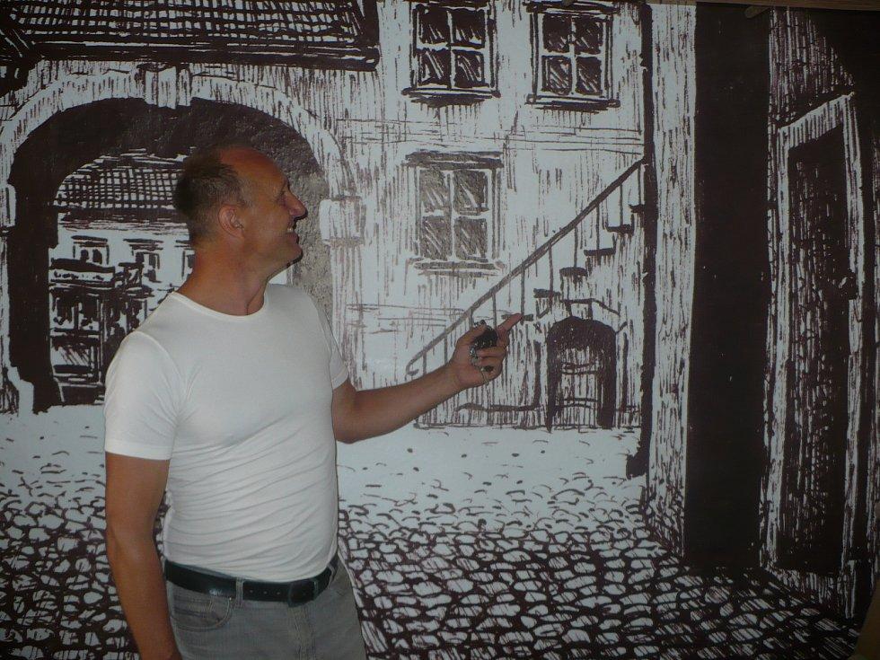 V opravených prostorách hradu v Ledči nad Sázavou vzniká unikátní muzeum věnované spisovateli Jaroslavu Foglarovi a jeho románům.