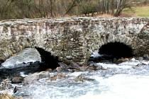 Most u Lutriána.