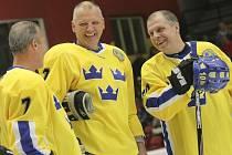 Den legend. Na Horáckém zimním stadionu v Jihlavě se představily legendy českého a švédského hokeje.