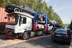 Na silnici I/38 u obce Štoky ve směru jízdy na Havlíčkův Brod došlo zde ke střetu osobního automobilu, dodávky a nákladního vozidla.