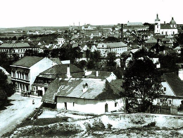 Dolní Město dnes zabírá prostor podél Žižkovy ulice, Kalinovo nábřeží a levý břeh řeky Sázavy. Od Horního města jej odděluje park Budoucnost, přesněji Cihlářský potok.