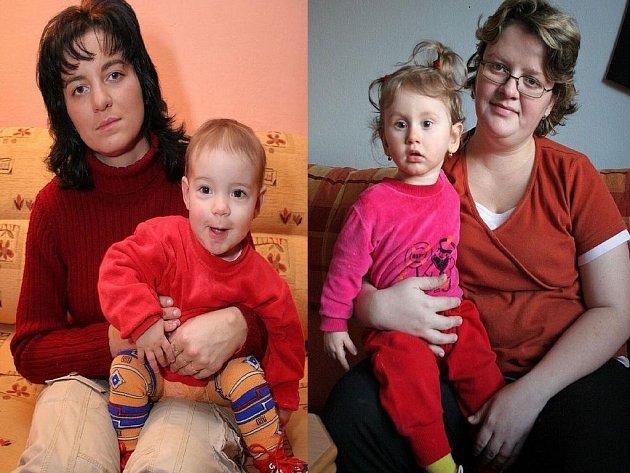 Se svými dcerami. Jaroslava Trojanová se svou biologickou dcerou Verunkou (vlevo) se stejně jako Jaroslava Čermáková s Nikolkou (vpravo) chystají na své první společné Vánoce.