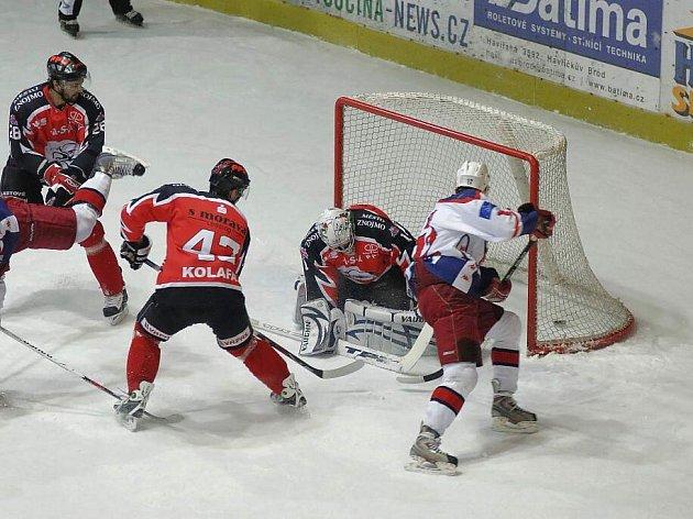 Z hokejového utkání Havl. Brod - Znojmo.