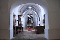 Raně gotický kostel sv. Mikuláše v Nížkově.