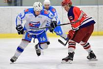Světelští hokejisté si díky vítězství udrželi druhé místo v tabulce. Tři body si přivezli z Hlinska. O výhře rozhodli v poslední třetině utkání.