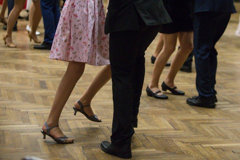 Taneční škola TŠ Trend  J + M Černých na tanečních kurzech v Havlíčkově Brodě.