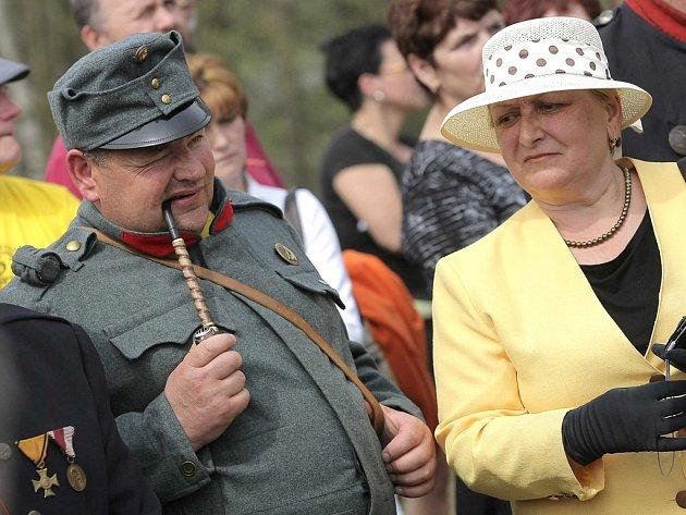 ŠVEJK. Kdo v sobotu dorazí do Lipnice nad Sázavou na Havlíčkobrodsku, určitě na místě párkrát potká také samotného vojáka Švejka. Ilustrační foto.
